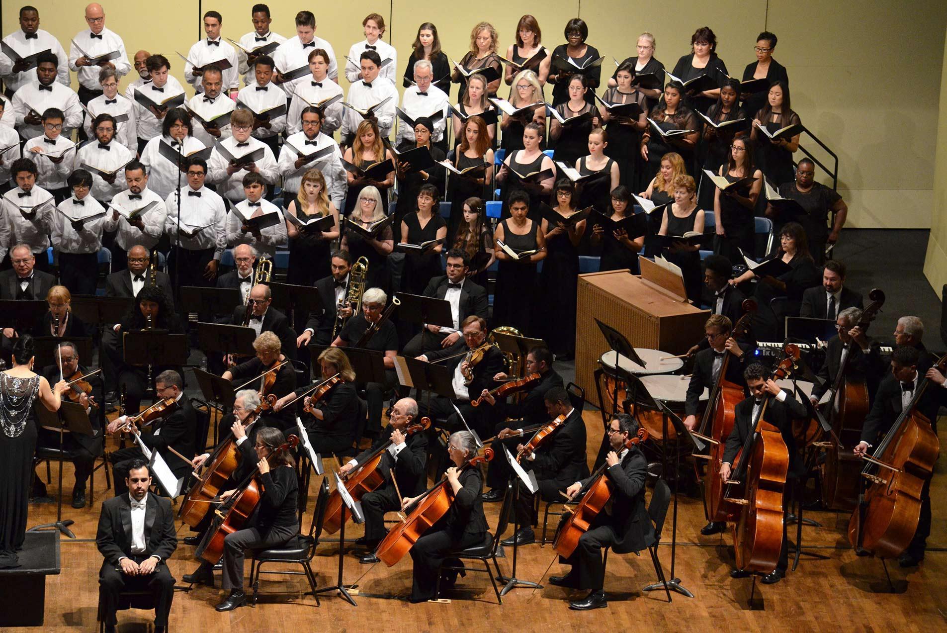 ECC Concert Choir, Mixed Chorus & Chorale