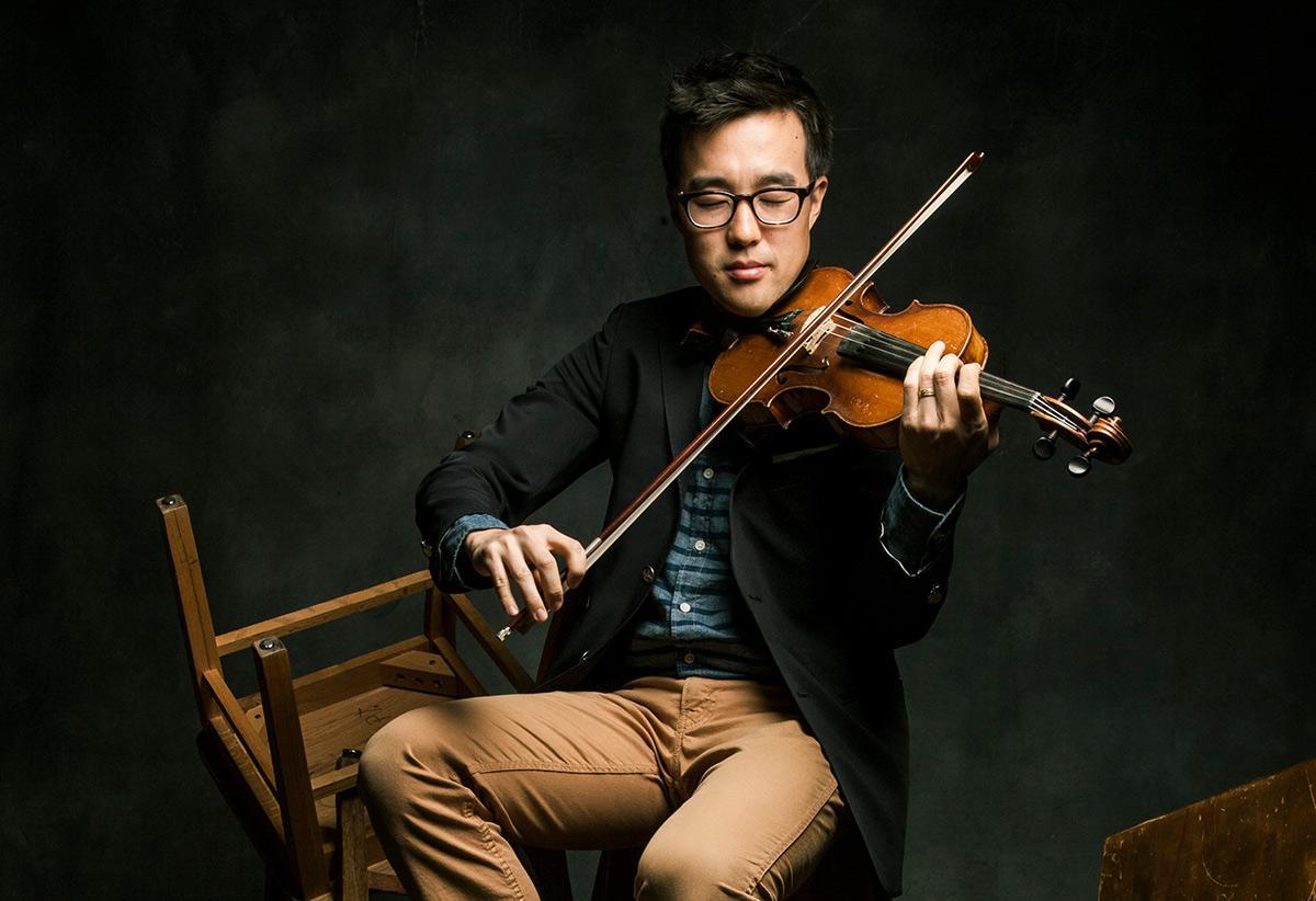 Joe Kye, violinist-looper